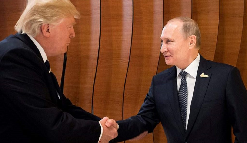 Ενθουσιασμός Πούτιν και Τραμπ για τη μεταξύ τους συνάντηση | Pagenews.gr