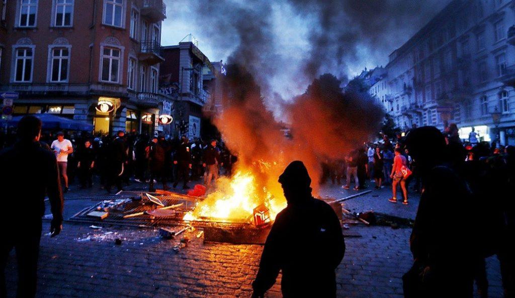 Βαρύς ο πέλεκυς στο Αμβούργο – Στα 12 εκ. ευρώ το κόστος των καταστροφών ελέω… G20 | Pagenews.gr