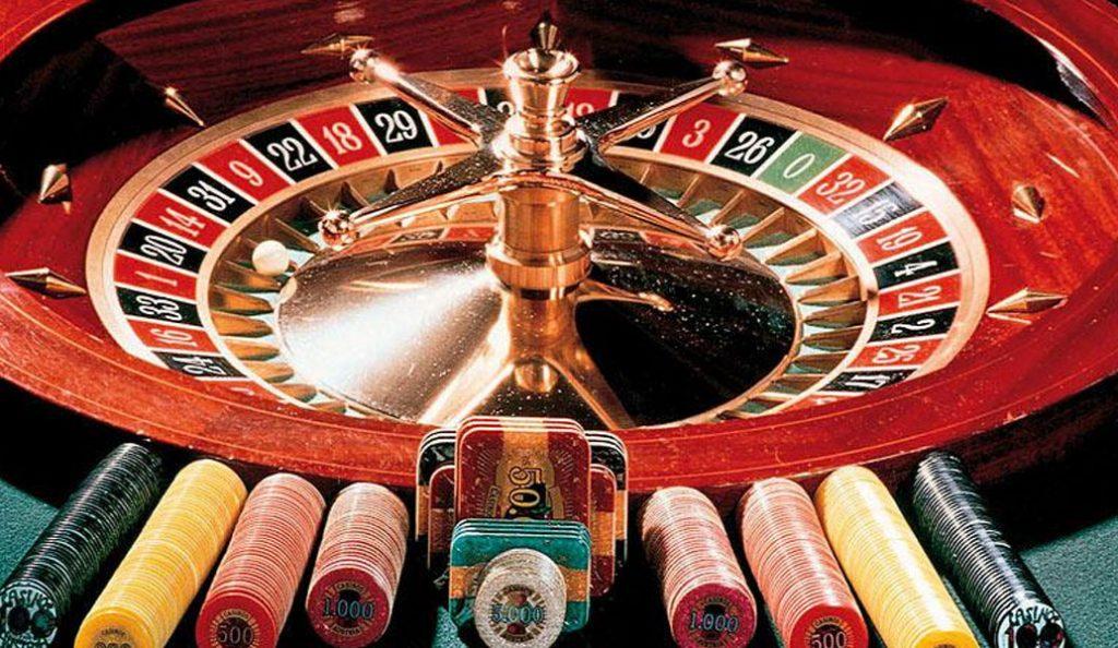 Ρόδος: Τραπεζικός υπάλληλος υπεξαιρούσε χρήματα και τα έπαιζε στο καζίνο! | Pagenews.gr