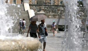 Καύσωνας: Πώς θα αποφύγετε τη θερμοπληξία | Pagenews.gr