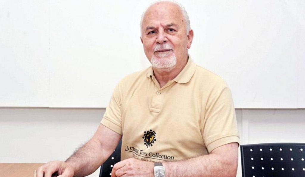 Θανάσης Οικονόμου: Ένας σύγχρονος εξερευνητής των άστρων | Pagenews.gr