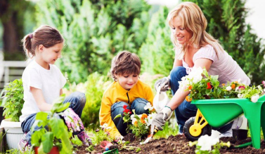 Καλοκαίρι: Ευκαιρία δημιουργικής έκφρασης του παιδιού μακριά από το σχολείο | Pagenews.gr