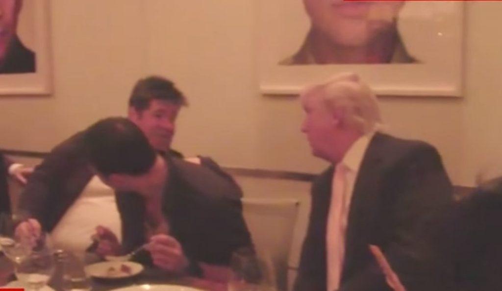 Ντοκουμέντο: Ο Τραμπ σε δείπνο με τους πρωταγωνιστές του ρωσικού σκανδάλου (vid) | Pagenews.gr