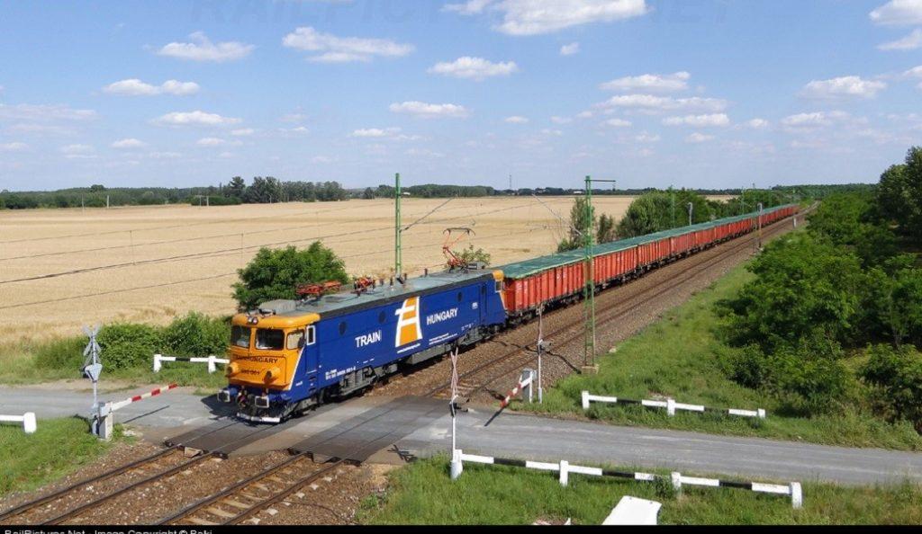 Ουγγαρία: Απειλή για βόμβα ακινητοποίησε 18 τρένα | Pagenews.gr
