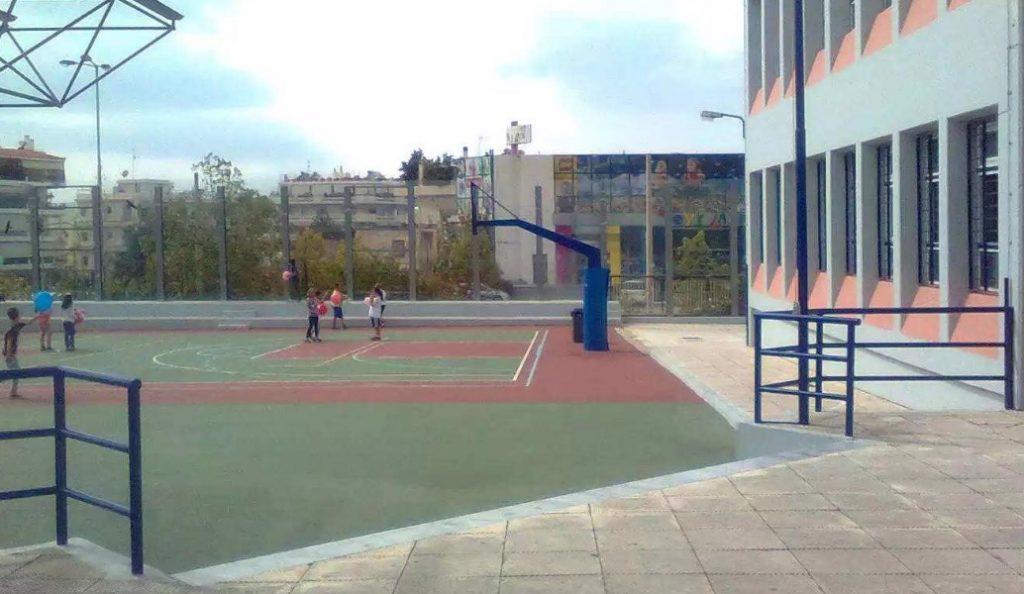 Αγρίνιο: Κλειστά δύο σχολεία μετά από ρίψη ναφθαλίνης   Pagenews.gr
