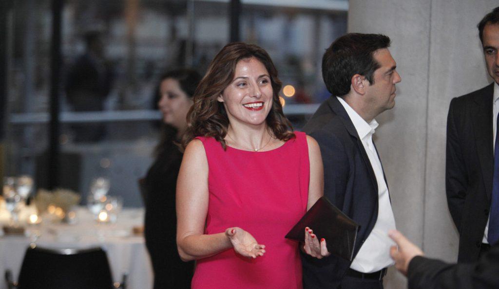 Η Περιστέρα Μπαζιάνα στο Αιγινήτειο για εθελοντική εργασία στην Ψυχιατρική Κλινική | Pagenews.gr
