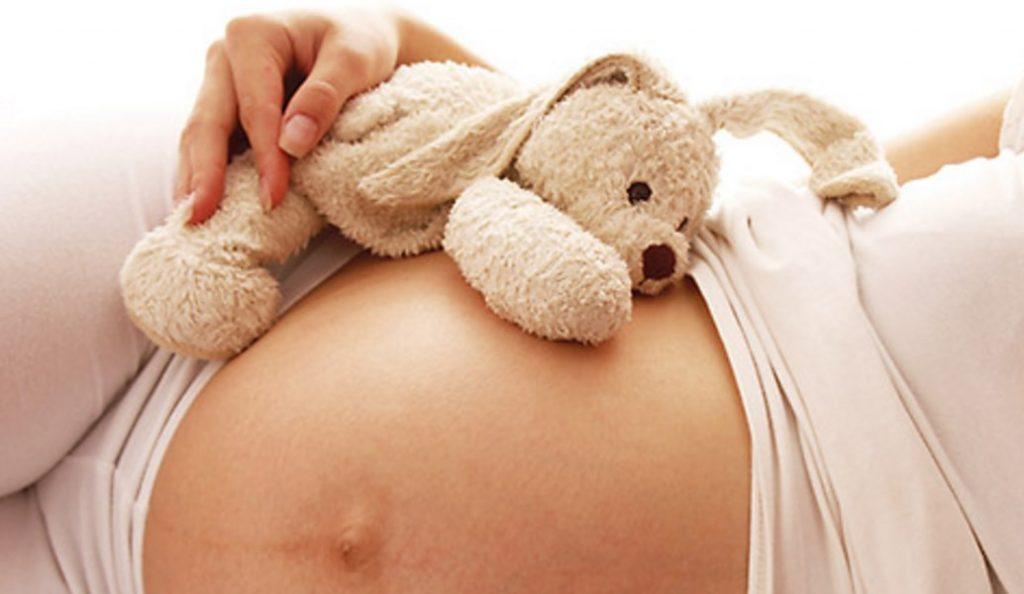 Γυναίκα στην εγκυμοσύνη: Πόσα κιλά επιτρέπεται να πάρει; | Pagenews.gr