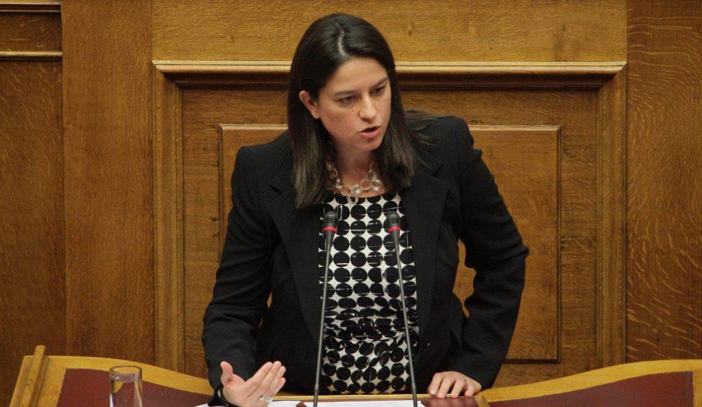 Κεραμέως: Ανεύθυνη η πολιτική της κυβέρνησης στο ζήτημα των πανελλαδικών   Pagenews.gr