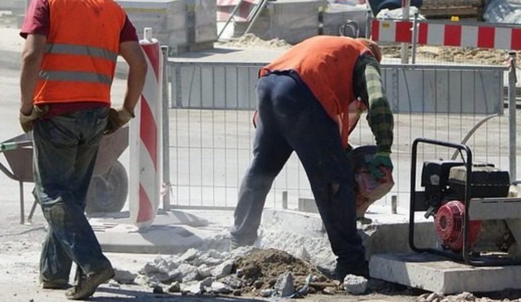 Έργα οδοποιίας του δήμου Νίκαιας – Αγ. Ι. Ρέντη με χρηματοδότηση της Περιφέρειας Αττικής | Pagenews.gr