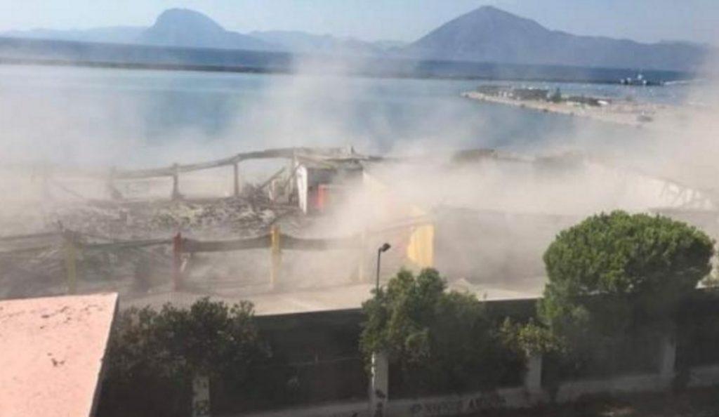 Κατάρρευση στεγάστρου στο παλιό λιμάνι της Πάτρας – Ένας νεκρός (pics-vid) | Pagenews.gr