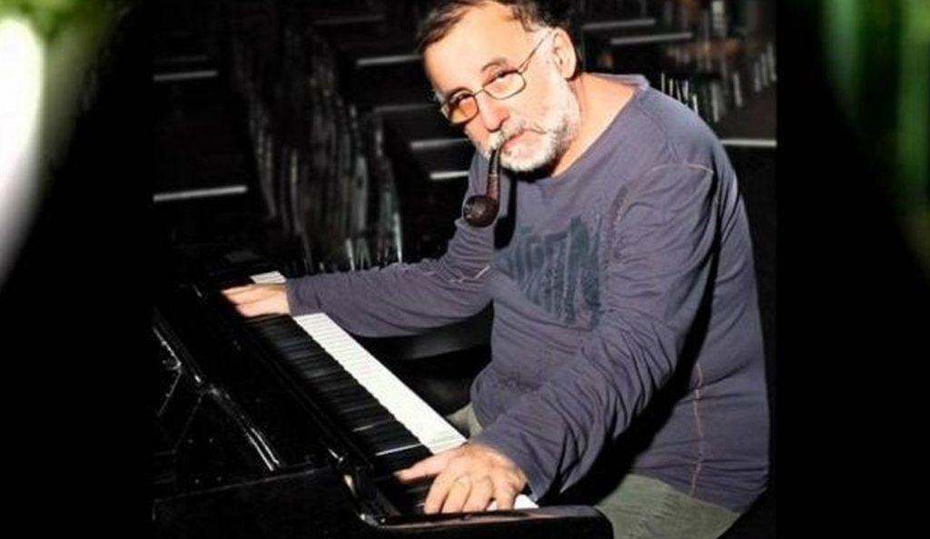 Θάνος Μικρούτσικος: Η πρώτη φωτογραφία μετά την περιπέτεια της υγείας του | Pagenews.gr