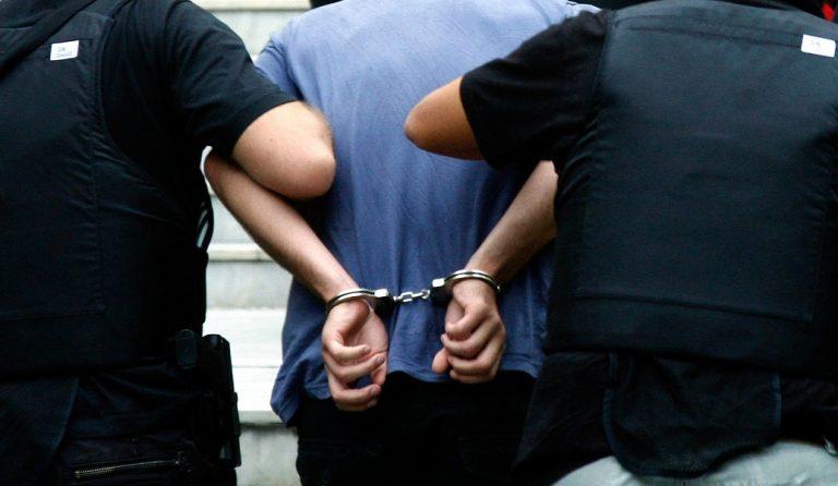 Ζάκυνθος: Συνελήφθη 56χρονος για της παράνομη οπλοκατοχή | Pagenews.gr