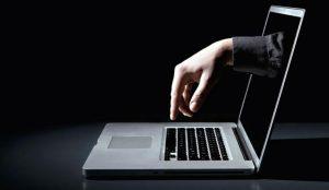 Internet παραπληροφόρηση: Η ΕΕ καλεί σε κινητοποίηση πριν από τις ευρωεκλογές | Pagenews.gr