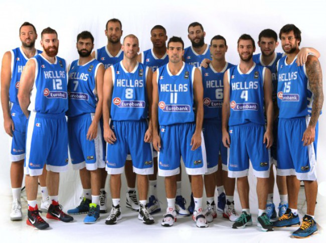 Ο ΠΑΟΚ δίπλα στην Εθνική Ελλάδος μπάσκετ (vid) | Pagenews.gr