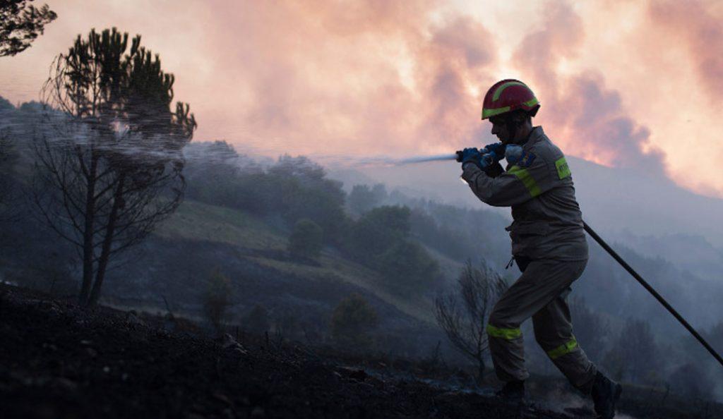 Κίνδυνος πυρκαγιάς: Υψηλός σε Δωδεκάνησα και Σάμο (χάρτης)   Pagenews.gr
