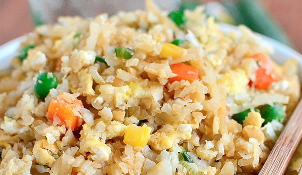 Ρύζι τηγανητό – Τρώμε ασιατική κουζίνα | Pagenews.gr