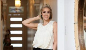 Συνοδός πολυτελείας και πρώην δημοσιογράφος αποκαλύπτει… (pics & vid) | Pagenews.gr