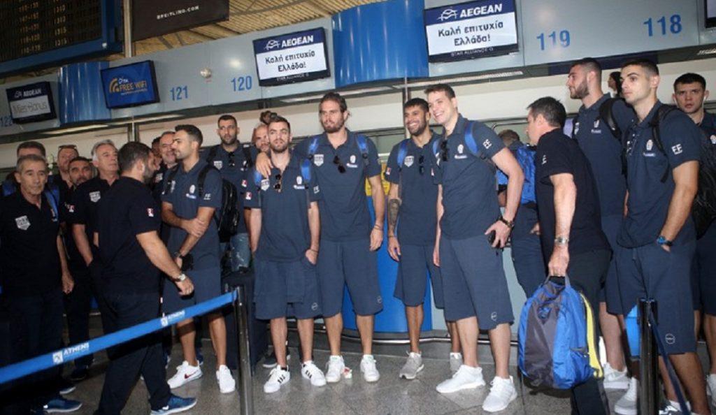 Εθνική Ελλάδος: Η σέλφι των παικτών στο αεροπλάνο (pic) | Pagenews.gr
