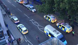 Λονδίνο: Έκρηξη σε χειραποσκευή στον σιδηροδρομικό σταθμό του Γιούστον (pics&vid) | Pagenews.gr