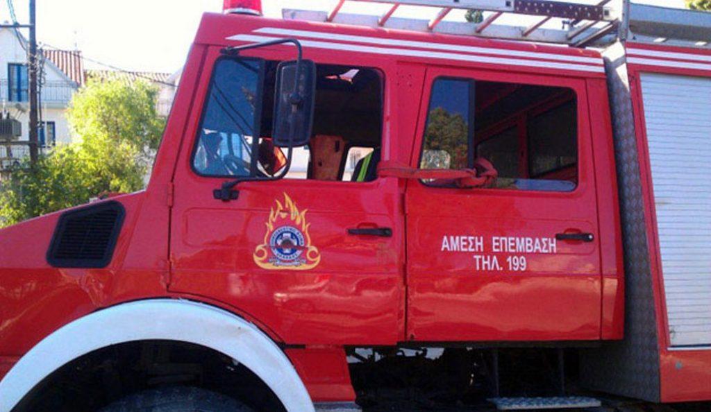 Πυρκαγιά σε διαμέρισμα στην Πετρούπολη – Απεγκλωβίστηκαν δύο άτομα χωρίς τις αισθήσεις τους | Pagenews.gr