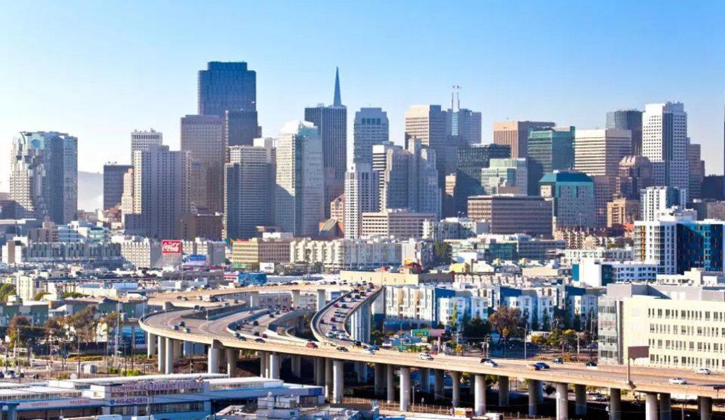 Συναγερμός στο Σαν Φρανσίσκο: Αυτοκίνητο έπεσε πάνω σε πεζούς – 8 τραυματίες | Pagenews.gr