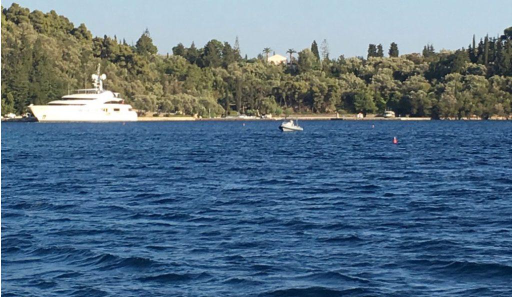 Ριμπολόβλεφ: Η θαλαμηγός «ΑΝΝΑ» στο λιμάνι του Σκορπιού (pics&vid) | Pagenews.gr