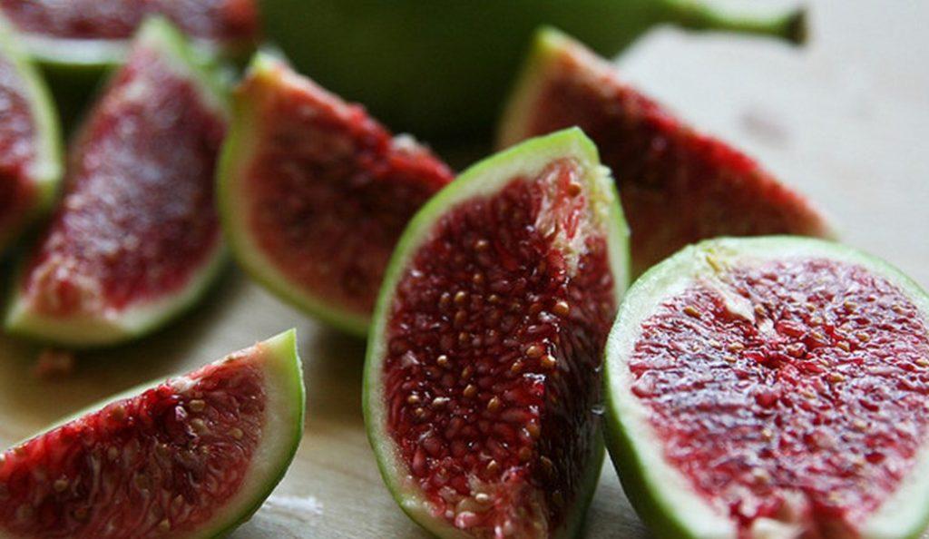 Σύκο: Το αλκαλικό φρούτο που σου προσθέτει ενέργεια και σου αφαιρεί κιλά   Pagenews.gr