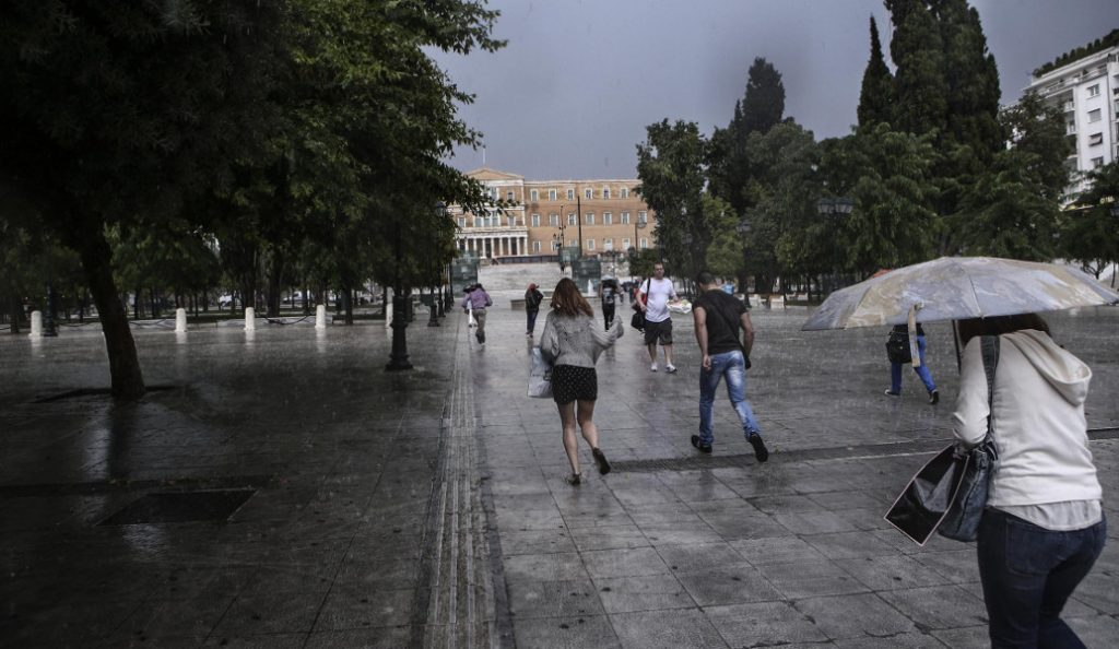 Καιρός: Τοπικές βροχές και την Τετάρτη – Αναλυτική πρόγνωση από την ΕΜΥ | Pagenews.gr