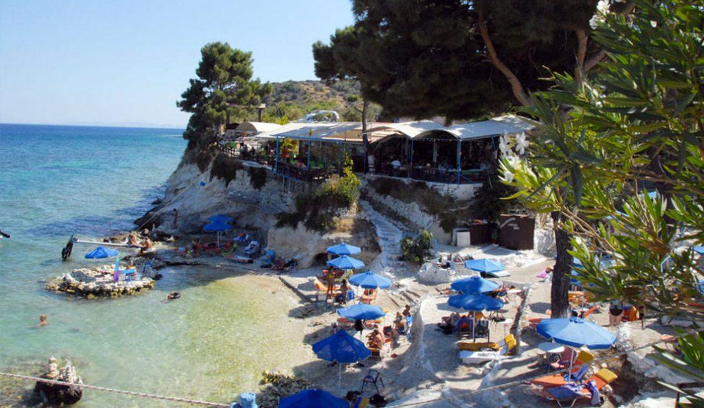 Σάμος: Η παραλία του Παπά που δεν μοιάζει με καμία άλλη (vid)   Pagenews.gr