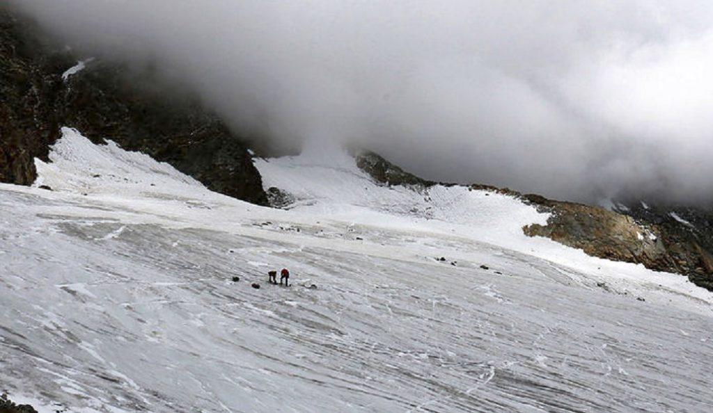 Ελβετικές Άλπεις: Νέα κατολίσθηση – Εγκλωβίστηκαν 2 άνθρωποι | Pagenews.gr