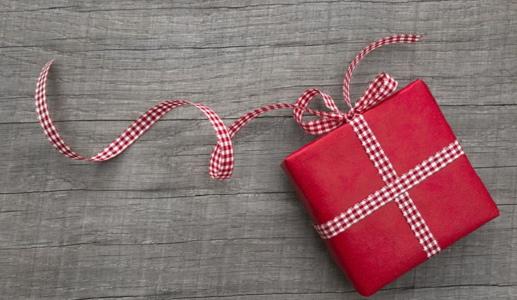 Ποιοι γιορτάζουν σήμερα: Εορτολόγιο 8 Μαρτίου | Pagenews.gr