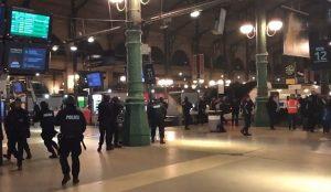 Παρίσι τώρα: Περιστατικό με όπλο στον Πύργο του Άιφελ – Εκκενώθηκε ο Gare du Nord | Pagenews.gr