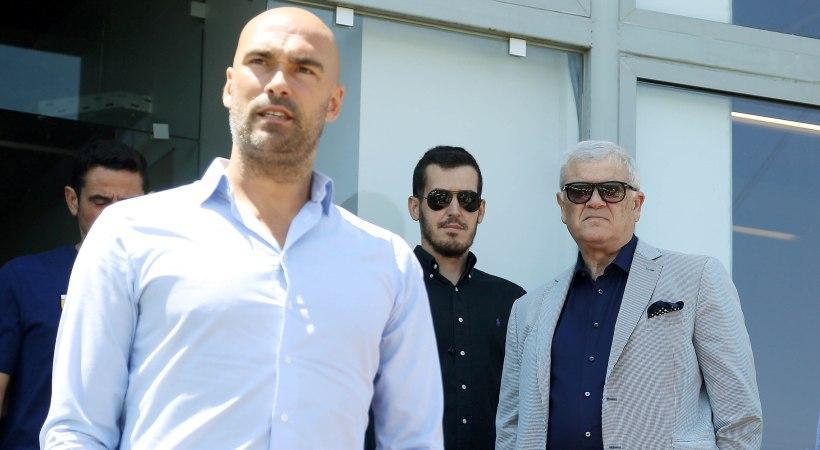 Γι' αυτό έφυγε ο Μαϊστόροβιτς | Pagenews.gr
