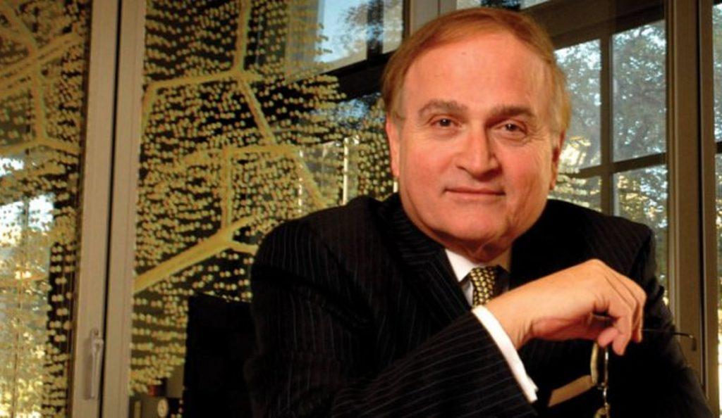 Νικόλαος Πέππας: Ο Έλληνας καθηγητής που πρωτοπορεί στον τομέα της βιονανοτεχνολογίας | Pagenews.gr