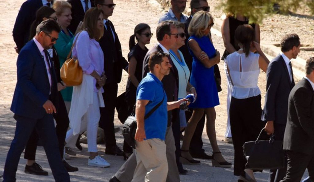 Brigitte Macron: Στην Αρχαία Αγορά ξεναγείται η σύζυγος του Εμανουέλ Μακρόν | Pagenews.gr