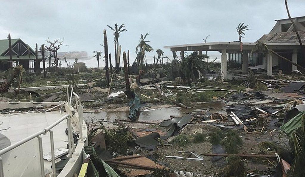 Αναβαθμίστηκε σε κατηγορία 5 ο τυφώνας Ίρμα | Pagenews.gr