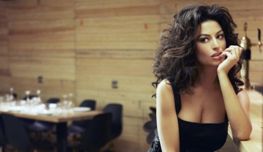 Έφτασε στα 43 και μας κολάζει ακόμα: Η Δωροθέα Μερκούρη στα καλύτερά της (pics)   Pagenews.gr
