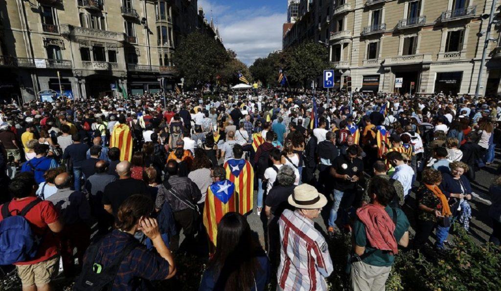 Ισπανία: Πληροφορίες για επιδρομή της αστυνομίας στο κέντρο τηλεπικοινωνιών της κυβέρνησης της Καταλονίας   Pagenews.gr