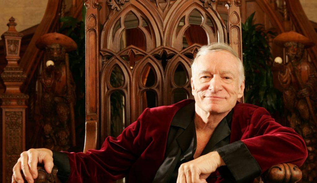 Hugh Hefner: 12 πράγματα που δεν γνωρίζαμε για τον θρυλικό Mr. Playboy | Pagenews.gr