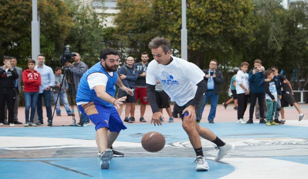 Κυριάκος Μητσοτάκης: Σε τουρνουά 3χ3 μπάσκετ της ΟΝΝΕΔ για τα παιδικά χωριά SOS (pics)   Pagenews.gr