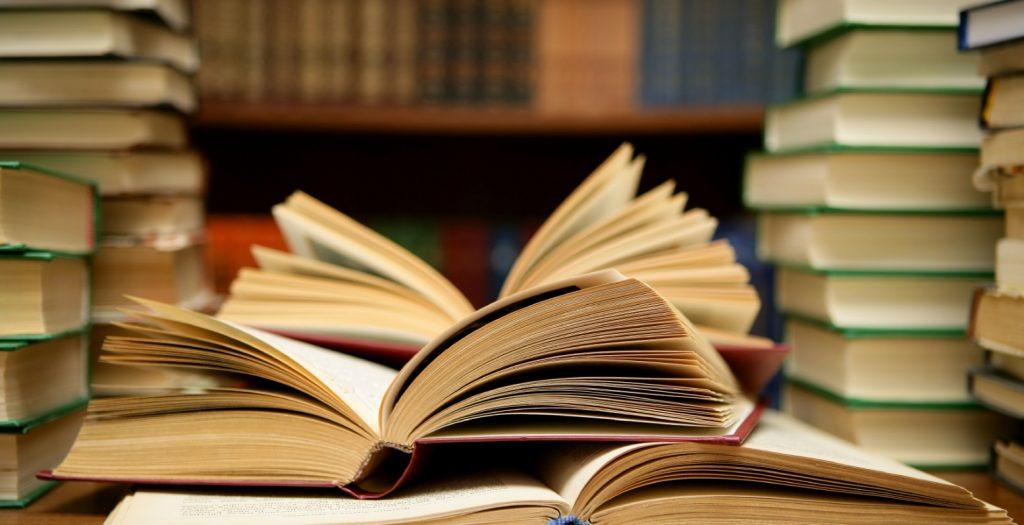 Πελάτης ανήλικης πόρνης καταδικάστηκε να της… αγοράσει βιβλία | Pagenews.gr