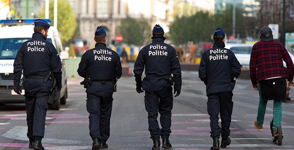 Επίθεση με μαχαίρι κατά Βέλγου αριστερού πολιτικού στην εργατική Πρωτομαγιά | Pagenews.gr
