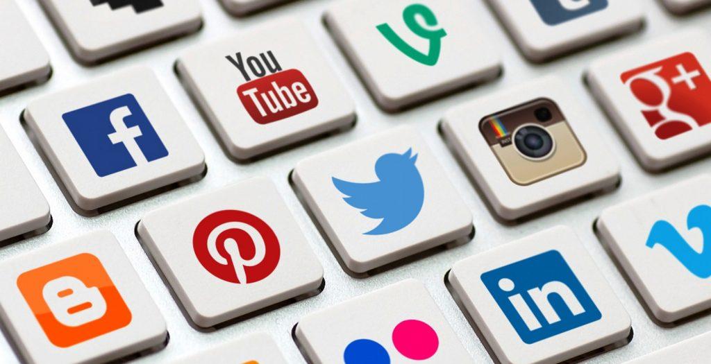Τα Social Media βοηθούν στην απιστία! | Pagenews.gr
