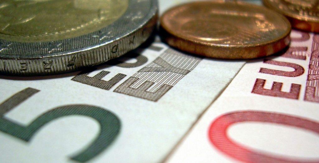 Προνοιακά επιδόματα: Αλλάζει ο τρόπος καταβολής | Pagenews.gr