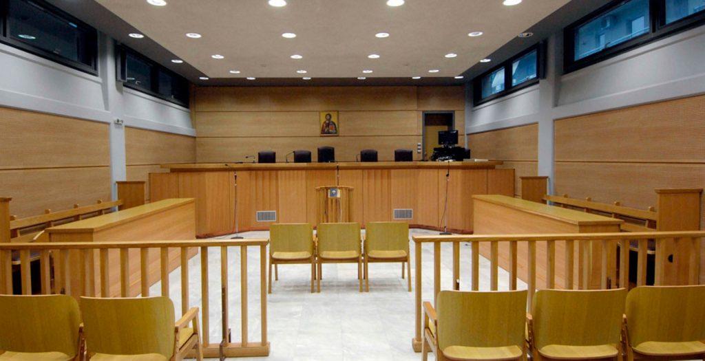 Δεν δέχονται περικοπές μισθών οι δικαστικοί | Pagenews.gr