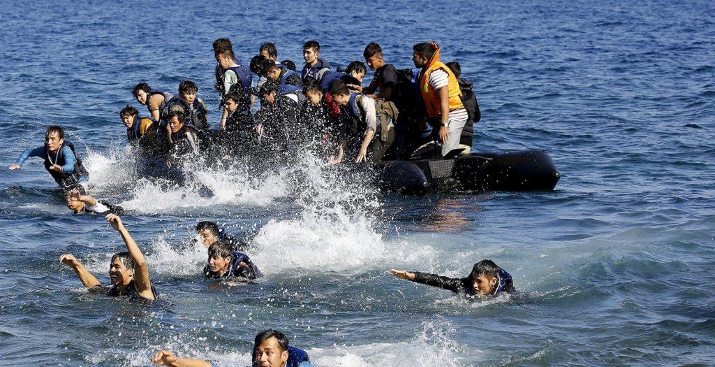 Αυξάνεται ο αριθμός των προσφύγων και μεταναστών στο Β. Αιγαίο   Pagenews.gr