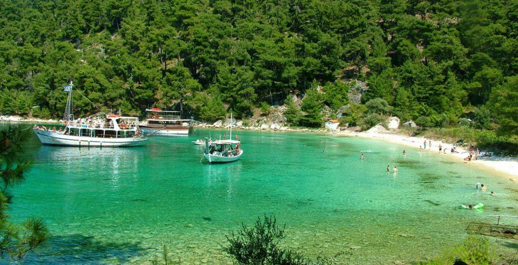 Θάσος: «Βουλιάζει» από τουρίστες | Pagenews.gr