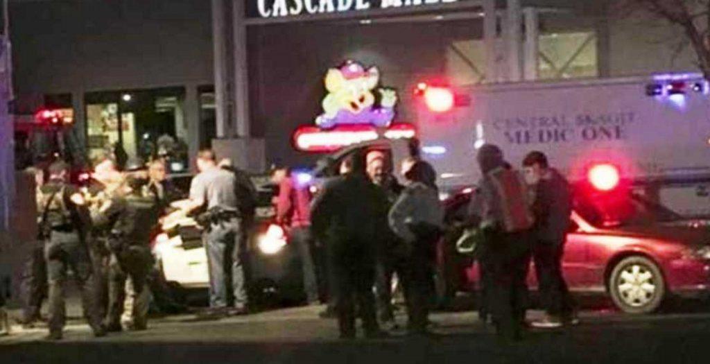 Μπέρλινγκτον: Πέντε οι νεκροί από τα πυρά ενόπλου σε εμπορικό κέντρο | Pagenews.gr