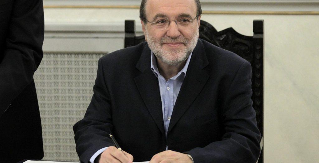 O Αλεξιάδης ζητά υπομονή: Θα κάνουμε τα τέλη δικαιότερα   Pagenews.gr