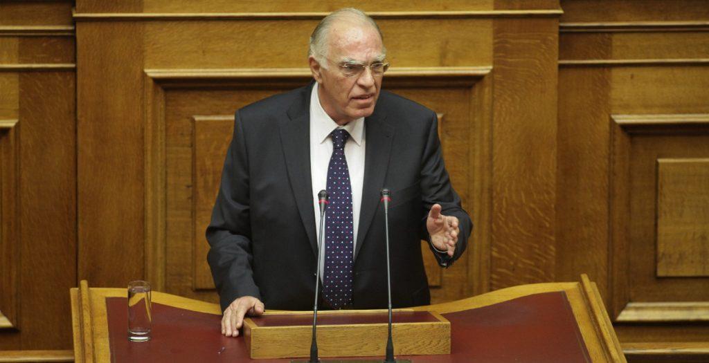 Λεβέντης: Ο Τσίπρας θα τα υπογράψει όλα | Pagenews.gr